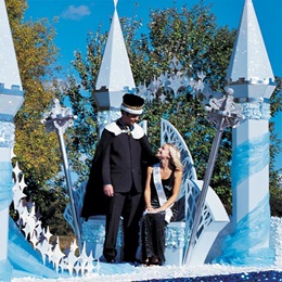 King and Queen Thrones Parade Float Kit