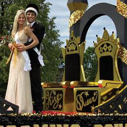 Their Majesties' Thrones Parade Float Kit