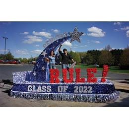 """Class of"" Letters Parade Float Kit"